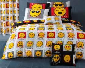 emoji smiley emoticon reversible themed design bedding