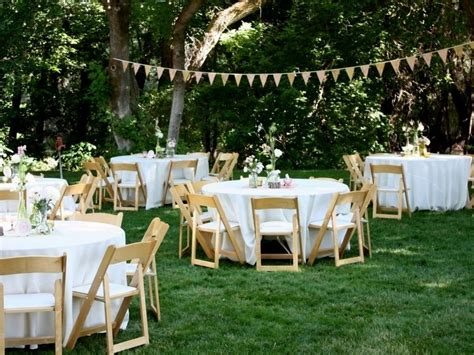 10 small wedding ideas on a budget