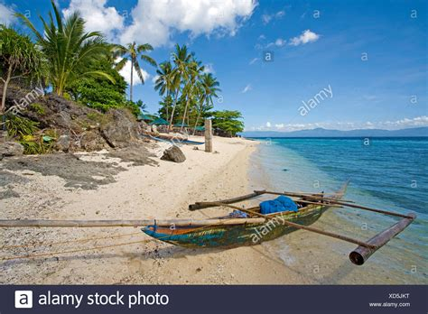 small fishing boat in the philippines filipino fishing stock photos filipino fishing stock