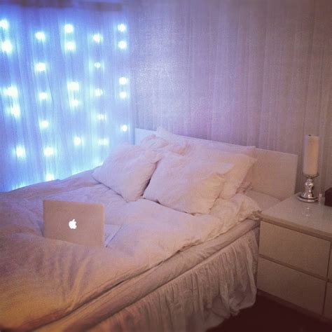 Fairy Lights In The Bedroom Ideas Also Wall Interalle Com Lights On Wall In Bedroom