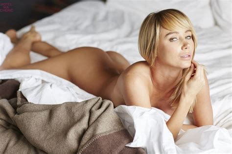 masterbating before bed sara underwood 2016 hotel ma cherie me in my place