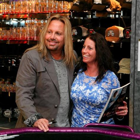 92 3 the fan live vince neil greets fans in vince neil ink at o sheas