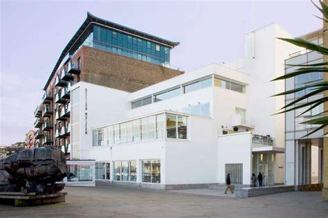 Design Museum East London | zaha hadid buys design museum london