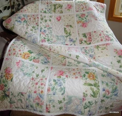 Vintage Quilt Bedding quilt made using vintage sheets quilts