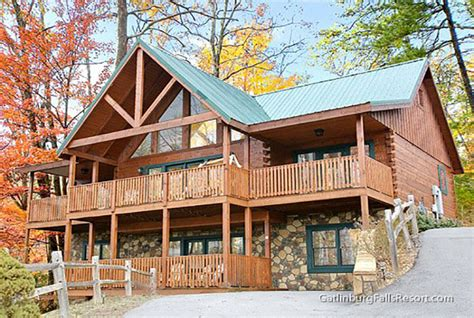 4 bedroom cabins in gatlinburg gatlinburg cabin smoky top lodge 4 bedroom sleeps 15