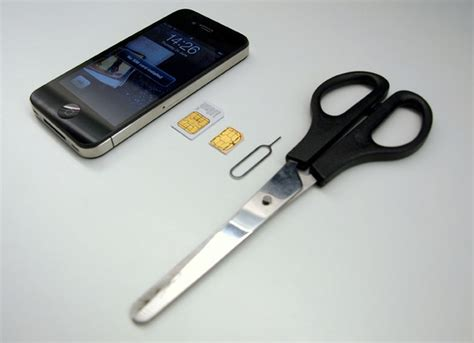 iphone 4 and micro sim diy trim your sim cnet