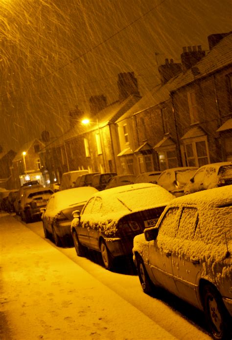 Light Snow Shower by File Snow Showers By Light Taunton Somerset
