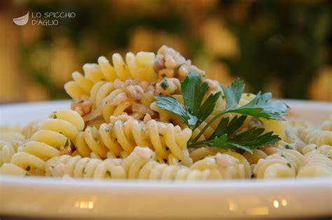 cucinare pesce spada congelato ricetta pasta al pesce spada affumicato le ricette