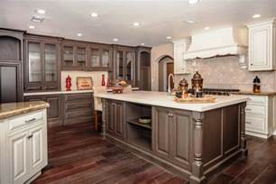 Best Color Kitchen Cabinets Popular Kitchen Paint Colors Cabinet Best Color For Cabinets With Kitchen Cabinets Color