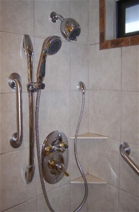Handicap Shower Aids by 1000 Ideas About Handicap Bathroom On Pinterest Grab