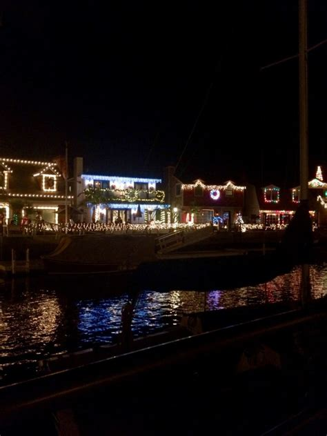 venice canals christmas lights holiday happenings in los angeles