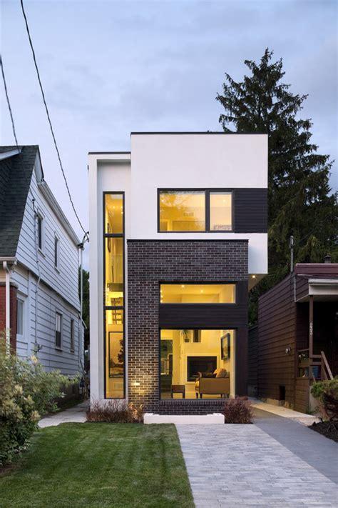 Infill Lot by La Casa Lineal Green Dot Architects Plataforma