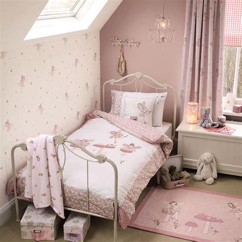 little girl wallpaper for bedroom 25 best ideas about girls bedroom on pinterest girl
