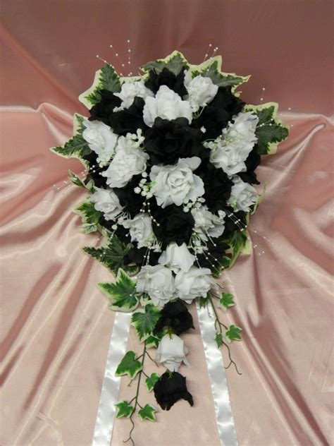 Wholesale Silk Artificial Wedding Flowers Roses With Ivy