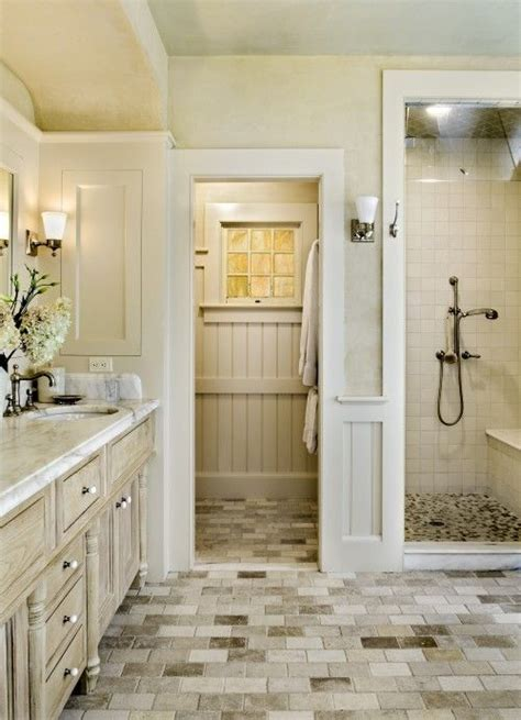 25 best ideas about cottage style bathrooms on