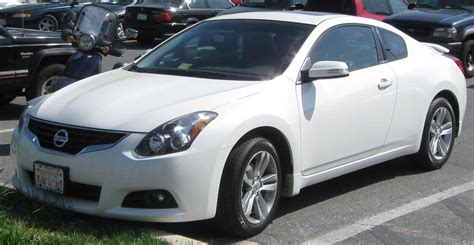 nissan altima white 2010 file 2010 nissan altima coupe 04 12 2010 jpg
