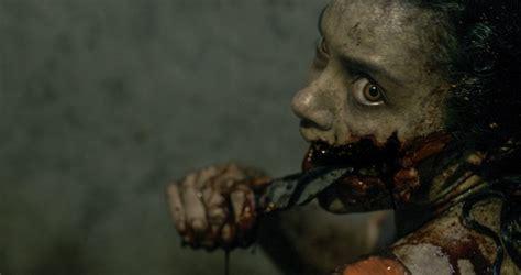 la casa 2013 nuova violentissima clip per evil dead il remake de la