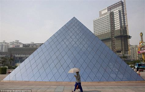 theme park  china builds   great sphinx  giza  parthenon daily mail