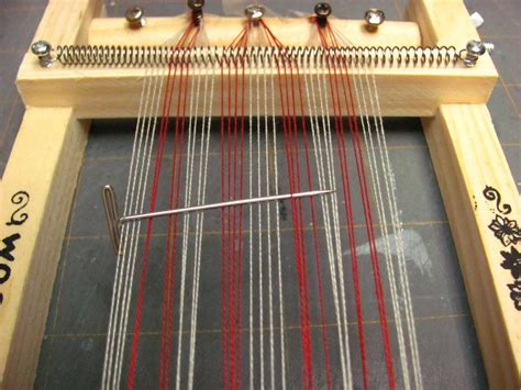 how to weave rag rugs on a loom how to weave a rug on a loom roselawnlutheran