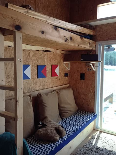 boat house airbnb 5 amazing houseboats you can rent on airbnb
