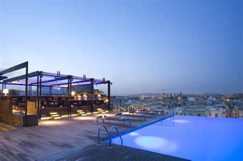roof top bars barcelona skybar traders kuala lumpur