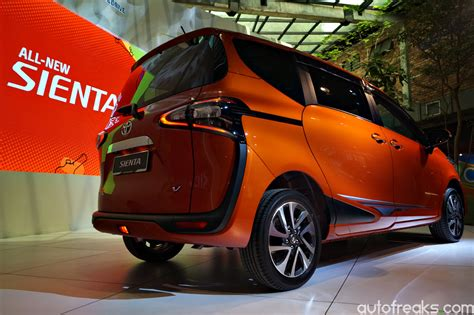 Headl Sienta Type Q 2016 Led toyota sienta launched in malaysia priced from rm92 900 autofreaks