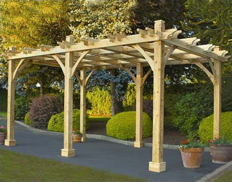 difference between gazebo and pergola
