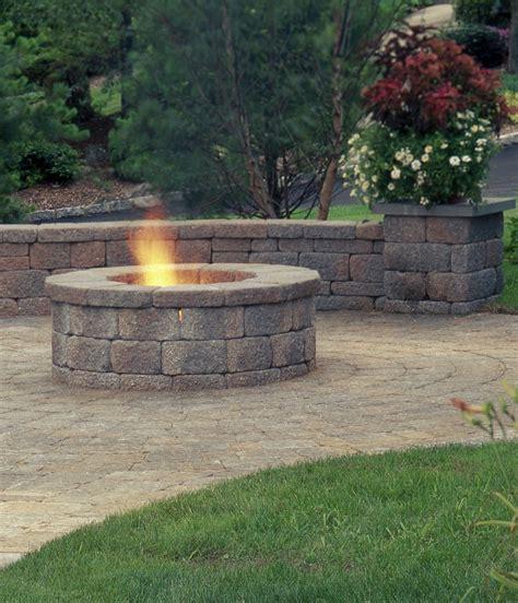 Warming Cool Nights Add A Belgard Fire Feature Outdoor Belgard Pit