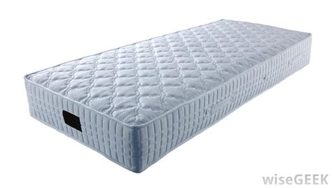 Best Way To Clean A Mattress by What Is The Best Way To Clean A Mattress With Pictures