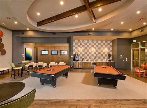 game lounge  gaming stations billiards  ipod