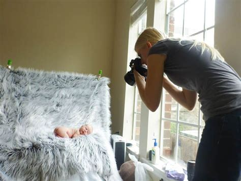 7 Tips On Taking Care Of A Newborn by Kelli Photography Houston Photographer How To