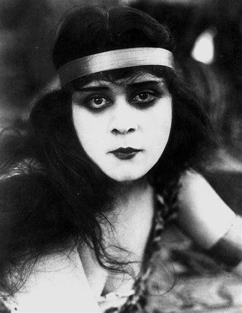 actress hollywood tumblr theda bara 1918 via silentladies on the old hollywood
