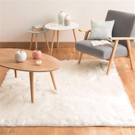 tappeto bianco tappeto bianco in simil pelliccia 140 x 200 cm oumka