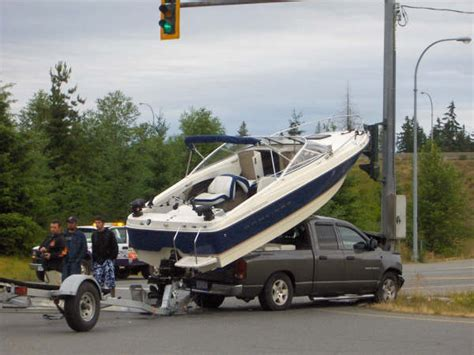 boat crash get down for what 5 tips to get you and your boat to the launch safely