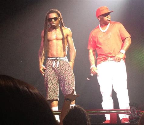 Loses Shirt While Performing Live 4 by Lil Wayne Wears A Trayvon Martin T Shirt While Performing