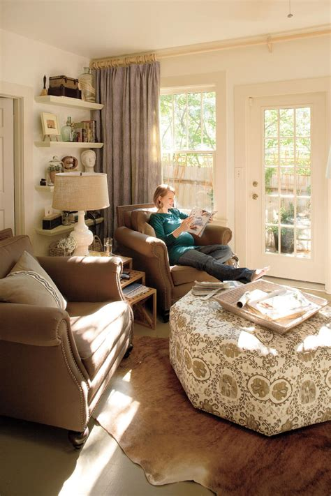 living room redo   personal touch decorating ideas