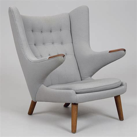 100 midcentury chairs and 1910904333 3novices competition win a guide to the 100 best mid century chairs 3noviceseurope