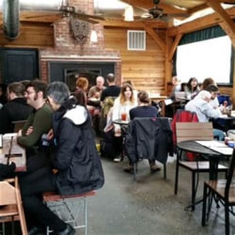Tin Shed Alberta by Tin Shed 638 Foton 1221 Recensioner Amerikansk Mat