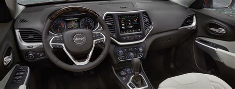 jeep cherokee green 2017 2017 jeep cherokee premium interior features