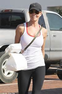 Jaime Presslys Can Feed A by Jaime Pressly Indulges In A Post Work Out Glass Of Wine