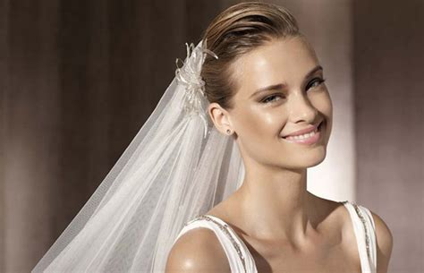 Wedding Hairstyles To Wear With A Veil by Wedding Hairstyles To Wear With A Veil Sparkle
