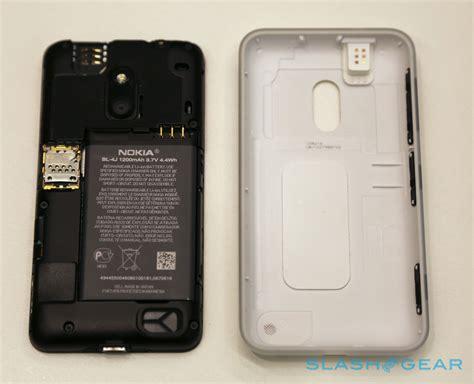nokia lumia 620 t mobile nokia lumia 620 on slashgear