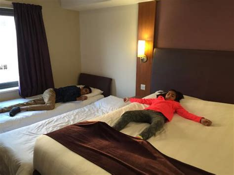 hotels family rooms for 4 20160706 160243 largejpg picture of premier inn hotels family rooms for 4 cbrn