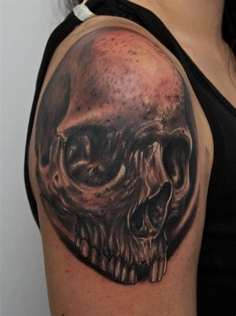 tattoo shoulder skull skull tattoo on shoulder by graynd on deviantart