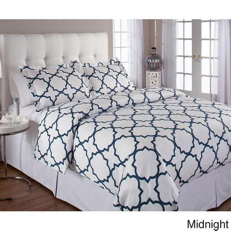 quatrefoil comforter nate berkus navy and white harbor comforter set