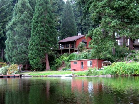 Cottages On The Lake by Cottage Lake Gardens And Bed And Breakfast Home