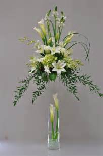 Led Lights For Vases Of Flowers 25 Best Ideas About Tall Floral Arrangements On Pinterest