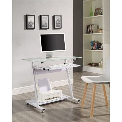 Small Bedroom Computer Desk by 1000 Ideas About Small White Desk On White
