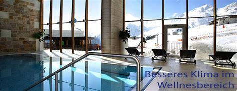 zu hohe luftfeuchtigkeit im haus feuchtigkeit im schwimmbad in der sauna und im