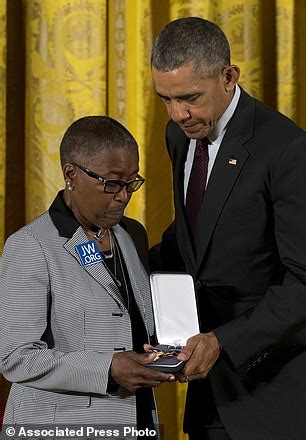 barack obama grandparents biography police officers honored with medal of valor by president
